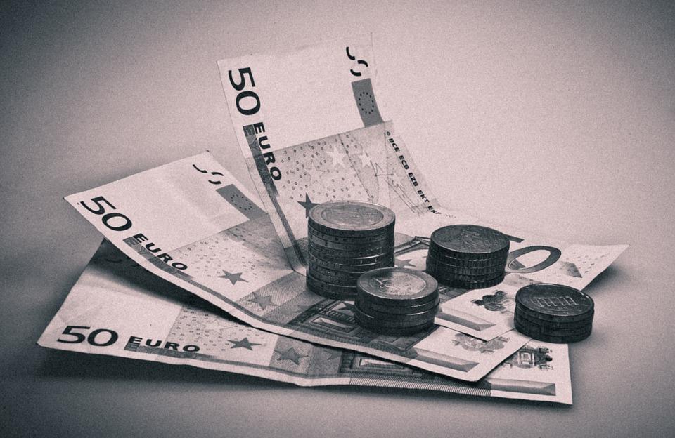 černobílá eura